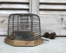 Franse antieke muizenval van ijzerdraad