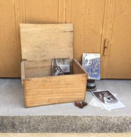 Kistje, antiek van hout, Frans