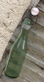 Antiek Frans groen flesje met beugeldop Leyre