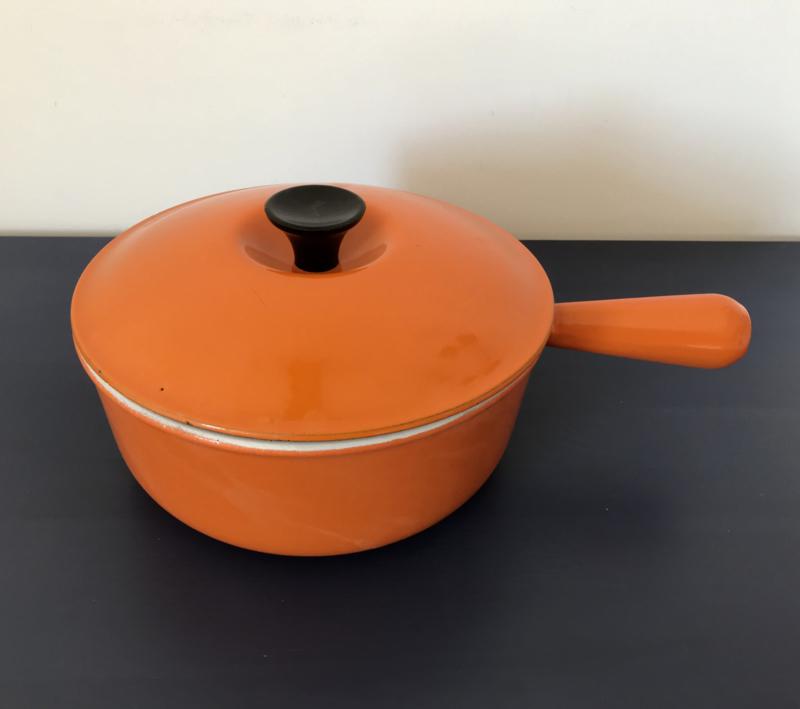 Le Creuset pan gietijzer oranje steelpan fonduepan met deksel