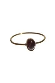 XZOTA ring garnet oval brass mt. 56