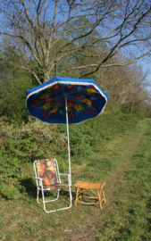 Vintage parasol blauw met bloemprint