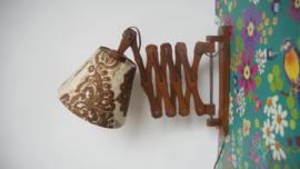 Houten schaarlamp / Vintage harmonicalamp