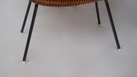 Vintage rieten poppenwieg