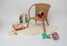 Vintage rieten rotan kinderstoeltje
