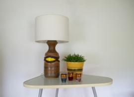 Vintage tafellamp met fatlava voet en stoffen kap uit jaren 70
