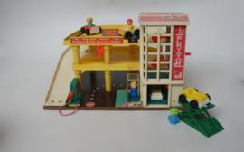 Vintage fisherprice speelgoedgarage
