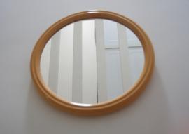 Mosterd gele spiegel