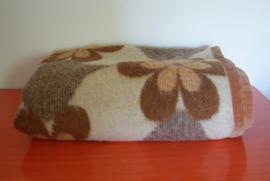 Bloemrijke deken van zuiver scheerwol
