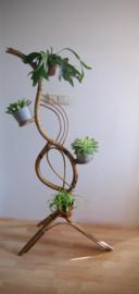 Rohe rotan plantenstandaard, jaren 60 bamboe slang