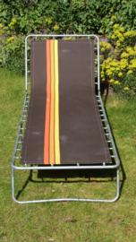 Vintage strecher bruin met jaren 70 print