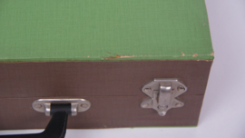 Groene vintage platenkoffer