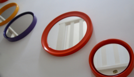 Middelgrote oranje spiegel
