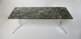 Groen marmerachtige salontafel