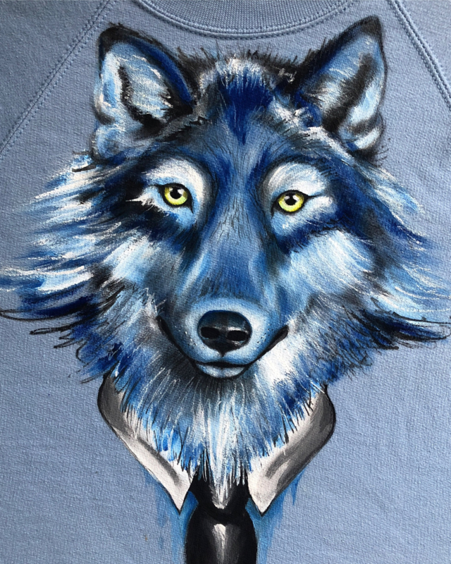HAND PAINTED SWEATER > WOLF / TIE / SKYBLUE
