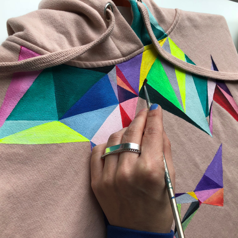 HAND PAINTED HOODY  > COLORFUL ABSTRACT TRIANGLES