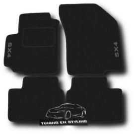 CLASSIC Velours automatten met logo Suzuki SX4 I 2006-2014