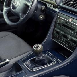 Audi A4 B5 FL - Echt leder pookhoes