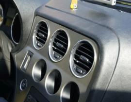 Alfa Romeo 159 - verchroomde aluminium ventilatieringen