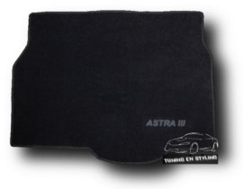 CLASSIC Velours Kofferbakmat met logo Opel Astra H HB