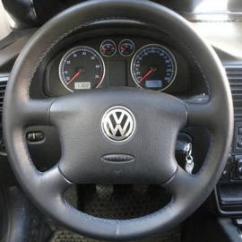 Echt leder Stuurhoes voor het vastnaaien (4 spaaks) VW Golf 4 Passat Bora