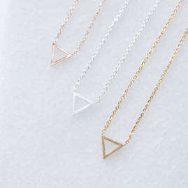 Necklace - TRIANGLE