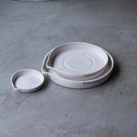 Ceramic meal plate / Porseleinen bord - Puebco