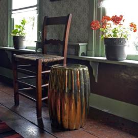 Curvy ceramic stool, gouden kruk / bijzettafel - Pols Potten