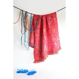 Plaid / Deken 'Fringe' N°5 Deep Pink - Roos Soetekouw