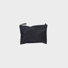 The New Pouch M 'black & black' - Susan Bijl