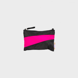 The New Pouch S 'black & pretty pink' - Susan Bijl