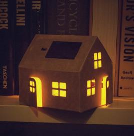 Verlicht zonnecel huisje