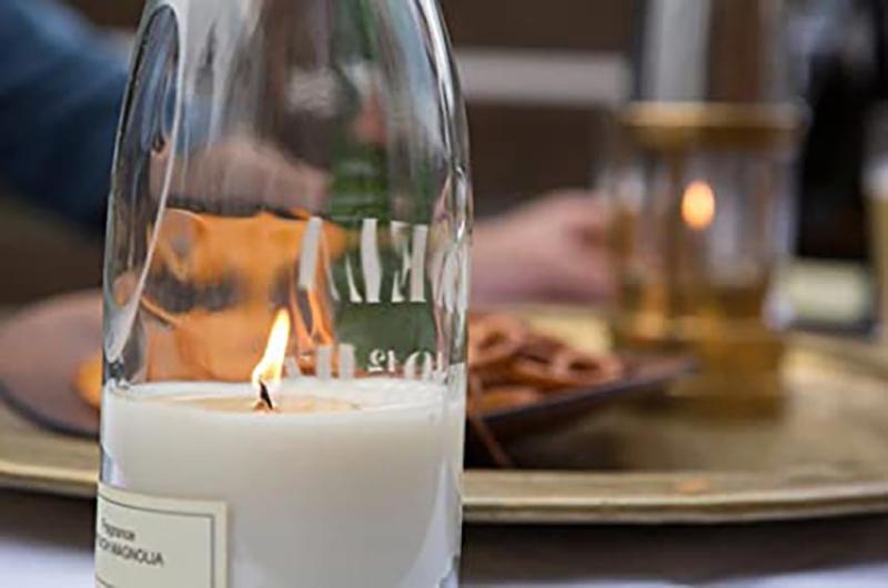 Geurkaars / Windlicht in wijnfles - Puebco