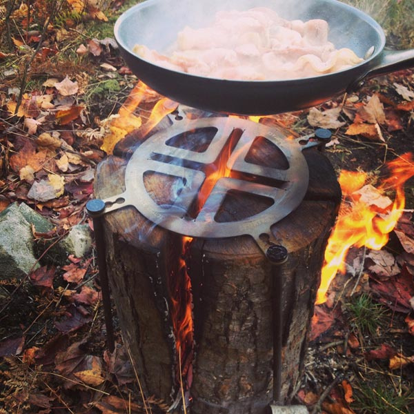Swedisch Log Fire Stove top MITI-001 - buiten koken op houtvuur