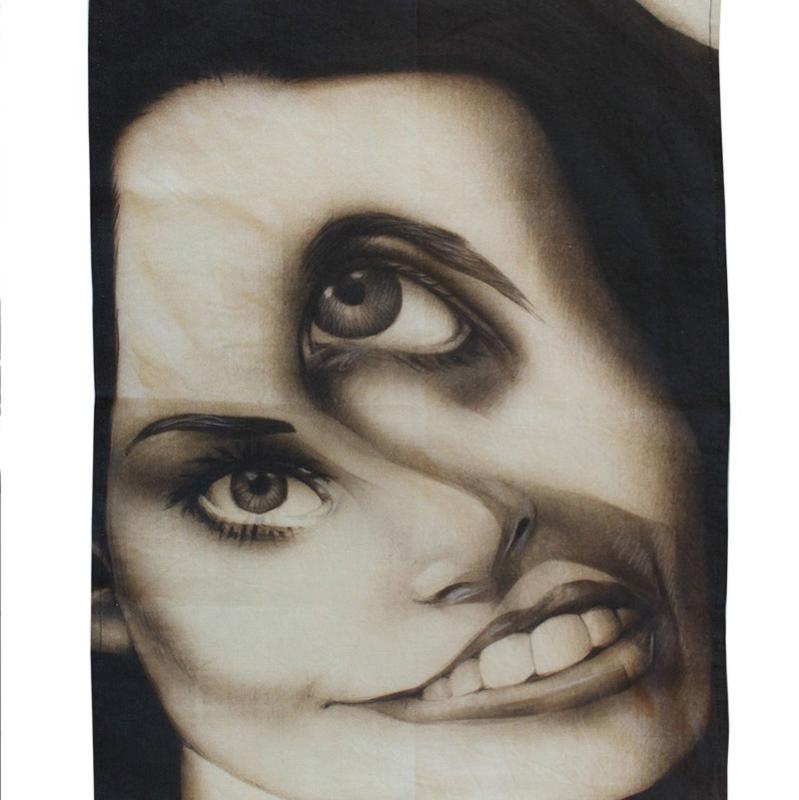 Theedoek met print: Distorted #2