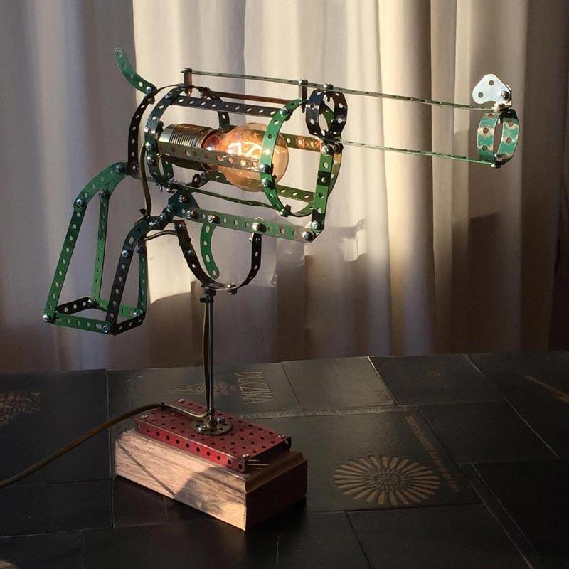 Lamp van Meccano 'Gun' small - Oom Jan