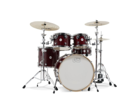 Drumset DW Shell set Design Cherry Stain