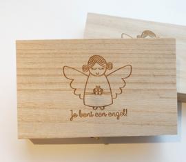 Houten kistje engel