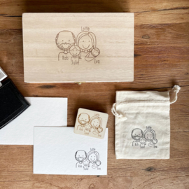 Kistje + Stempel op maat gezin