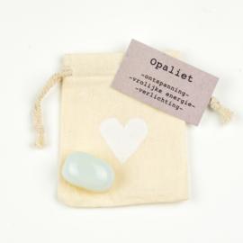 Knuffelsteen-Opaliet