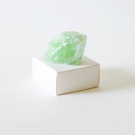 Ruwe edelsteen Calciet Groen