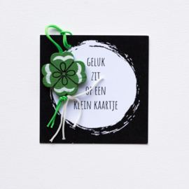kaartje zwart wit geluk klaver