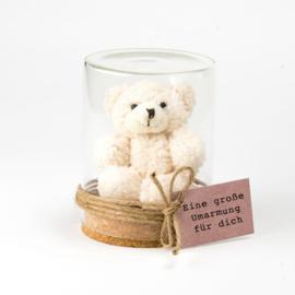 Bär Eine große Umarmung Weiß