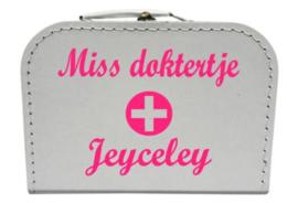 Koffertje Miss doktertje
