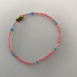 Loffs armband Tiny met vis - roze
