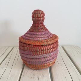 Afrikaans bijoux mandje met deksel - roze/ rood/ oranje
