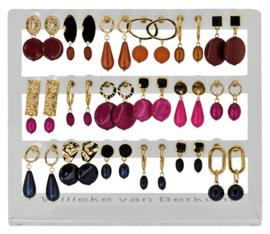 DIS18B - Earhooks display 18 pairs