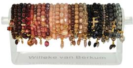 0703 - 30 bracelets on display - 6 colors
