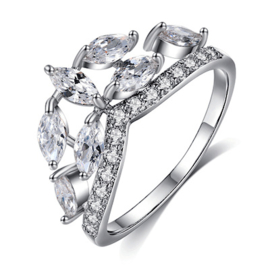 R041 - Ring in gift-box, platinum plated, neutral cz, size 55 (17,5)
