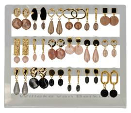DIS18F - Earhooks display 18 pairs